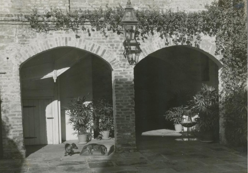 Courtyard, 720-724 Toulouse Street